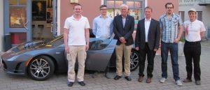 Joachim Fackler (JU-Donauwörth), Alexander Biber (Stadtrat und JU-Vorsitzender Wemding), Prof. Dr.-Ing. Matthias Popp, Franz Ost jun. (Kreisrat und JU-Kreisvorsitzender), Benedikt Bosch (Student der FH Nürnberg und Schatzmeister der JU-Wemding), Martin Greif (Teslabesitzer aus Erlangen)